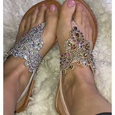 0dbdabd0feb1 LL Crystal Miracle Sandals   size 3 only