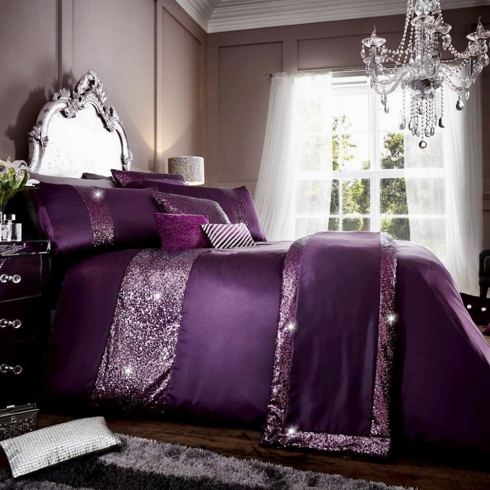 Lemonade Glamorous Purple Duvet And Pillow Cases Set